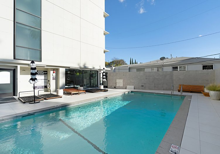 818 N Doheny Dr Unit #808, West Hollywood, 90069